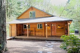 Little Bear Creekside Cabin
