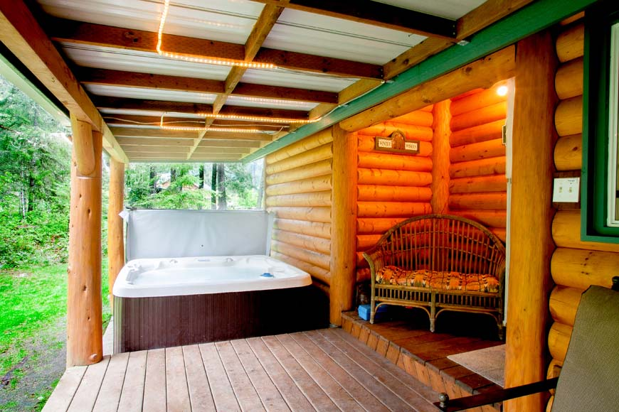 Starry Nights Cabin hot tub