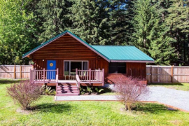 Mt  Rainier Cabins - Vacation Home Rentals by Three Bears Cabins